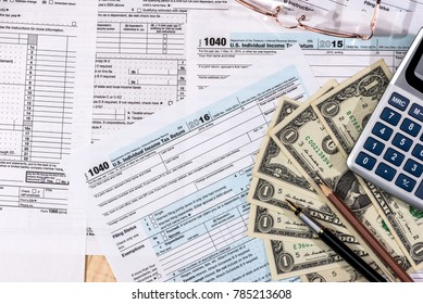 financing concept - filling in the tax form