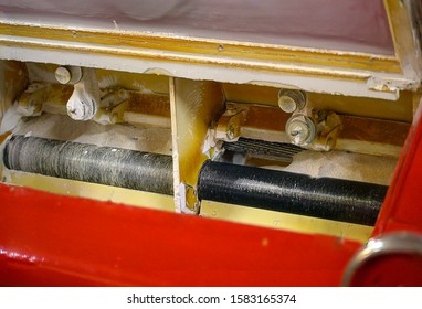fine cylindrical rollers in a red roller mill of a corn mill