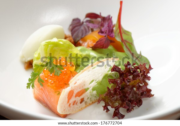 Fine Dining Starter Salmon Tartare Caviar Stock Photo Edit Now 176772704