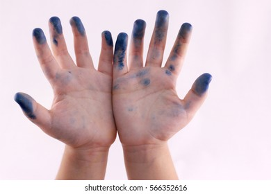 Fingers and hand shadow puppets numbers - isolated white backgrounds