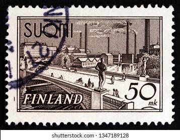 FINLAND - CIRCA 1942: A stamp printed in Finland shows Hame bridge in Tampere, circa 1942.