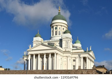 Finnish Evangelical Lutheran cathedral of Diocese (1852) of Helsinki, located in neighborhood of Kruununhaka. Suomi