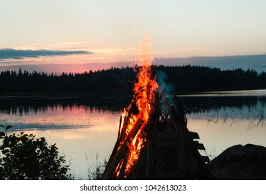 The Finnish tradition: Midsummer bonfire
