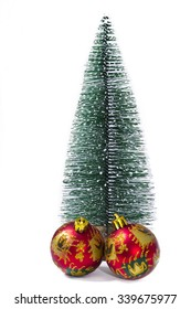 fir tree with balls