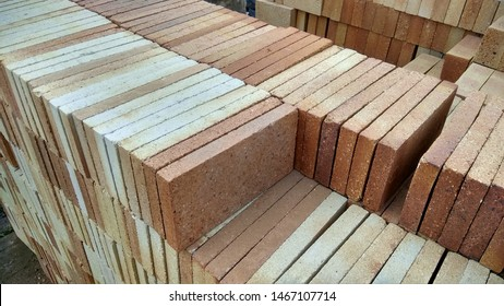 Fire bricks available in India
