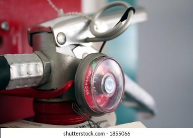 fire extinguisher meter