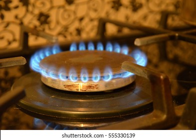 fire, gas equipment, open flames, burning, network, service, gas stove, flat, house, utilities, social issues, rent, gas meter, gas burning