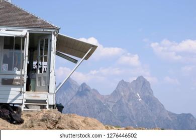 Fire Lookout House, Desolation Peak. North Cascades, Ross Lake Recreational Area. Washington State. Hozomen Peak.