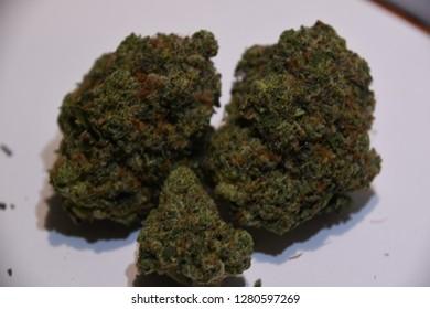 fire og is an indica strain of cannabis