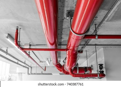 Fire protection system, main sprinkler line on ceiling, .