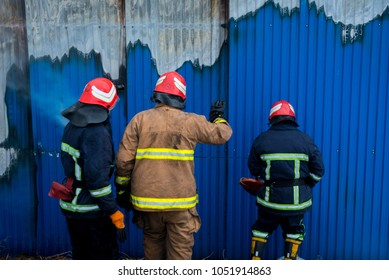 Rescue Cutters Images, Stock Photos & Vectors | Shutterstock