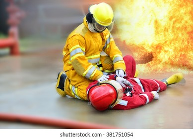 Fireman get accident in action to firefighters.