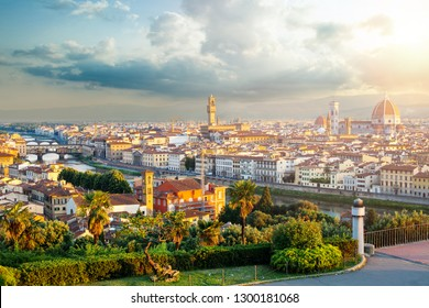 Firenze. Cityscape of Florence Italy with Florence Duomo, Basilica di Santa Maria del Fiore and the bridges