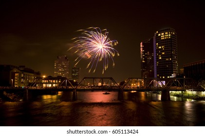 Fireworks Show Grand Rapids Michigan 4th of July