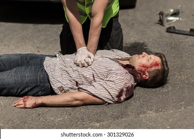 First aid for bloody car accident casualty