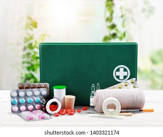 First Aid Kit Images, Stock Photos & Vectors | Shutterstock