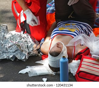 First aid - street accident