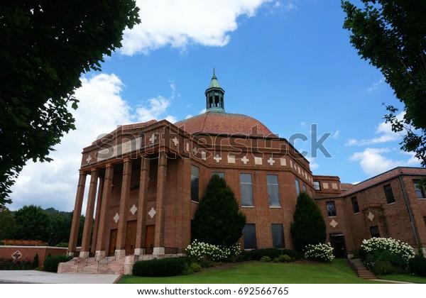 First Baptist Church Asheville