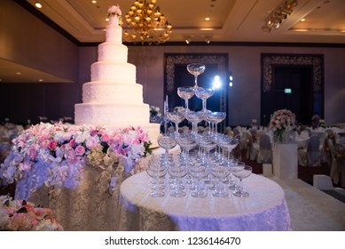 The first big cake was beautifully arranged for a wedding party tonight.