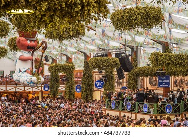 """First day and opening of the folk festival """"Oktoberfest"""" in the historic beer tent """"Hofbraeu"""" in Munich in Bavaria on 17.9.2016"""