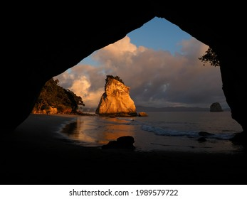 First light on Sail Rock, Cathedral Cove, Coromandel Peninsula, New Zealand