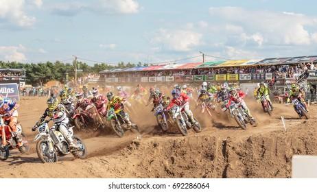 First turn, MXGP 2017, FIAT Professional MXGP of Belgium, Race 2, 2017, Lommel, Belgium , 06 August 2017, MXGP, Stedelijk Motorcrossterrein Lommel vzw