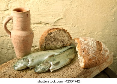 Fish, bread and wine as symbols of Jesus life