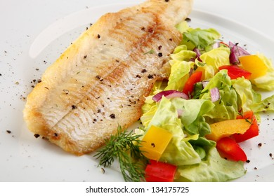 Fish fillet with potatoes and vegetables
