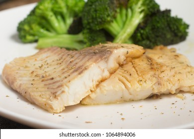 Fish Fillet of Tilapia Fried with broccoli