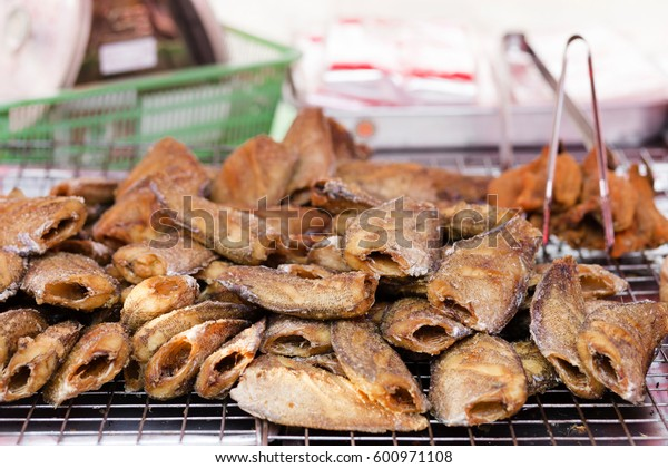 fish fried for sale
