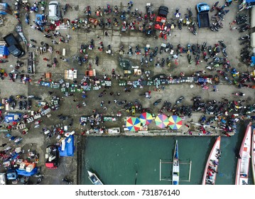 The fish market in the city of Palopo in South Sulawesi Indonesia. The market only open once a week on Sunday morning.