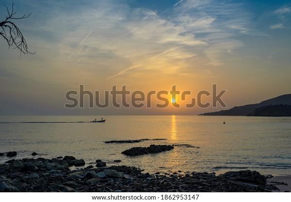 fishermen-motor-boat-going-work-600w-186
