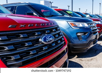 Fishers - Circa March 2018: Local Ford Car and Truck Dealership. Ford sells products under the Lincoln and Motorcraft brands VIII