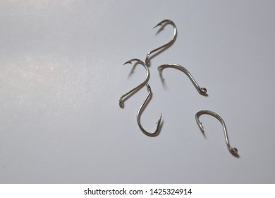 fishhook - Equipment for fishing in fresh or sea water.