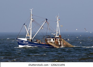 The fishing boat NOR 201 Roswietha passes om September 27, 2018, the island of Norderney.