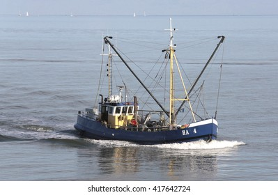 A fishing boat on the dutch Wadden sea