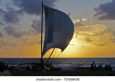 Fishing boat in Sri Lanka When the sun is about to fall