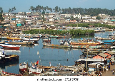 Fishing boats and houses at Elmina harbour