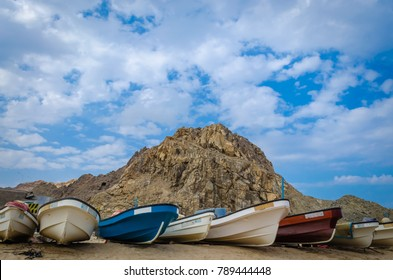 fishing-boats-on-beach-hill-260nw-789444