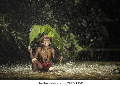 Fishing of Mentawai. The Indigenous inhabitants ethnic of the island in Muara Siberut are also known as the Mentawai people. West Sumatra, Siberut island, Indonesia.