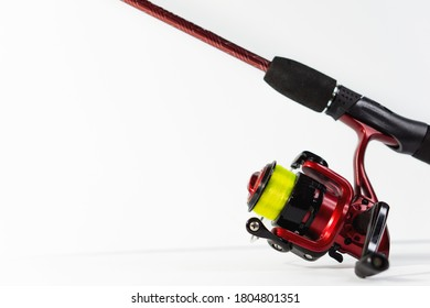 Fishing reel with high visibility line