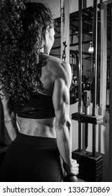 Fitness girl muscle