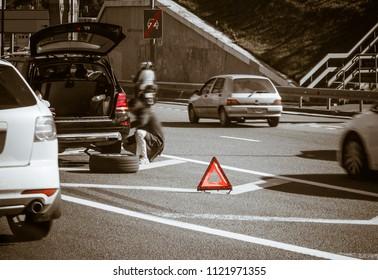 fitting wheel among traffic