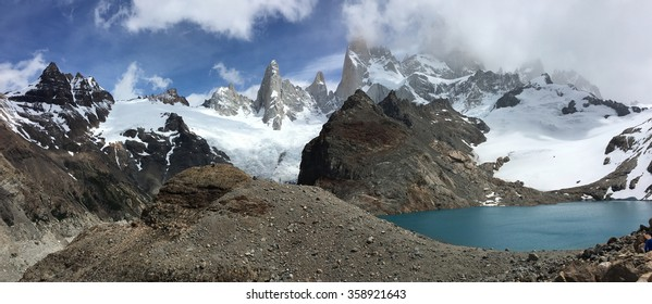 Fitz Roy and Laguna de los Tres in Argentina