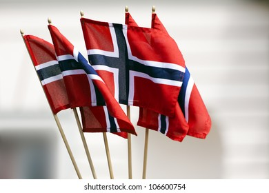 five small flags of Norway