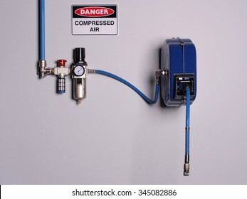 Fixed color coded compressed air line with pressure regulator, scale and flexibly hose reel, wall mounted, Melbourne 2015