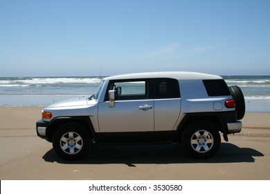 FJ Cruiser on Beach in California