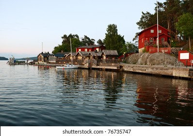 Fjaderholmarna (Stockholm's nearest archipelago islands) at white night.