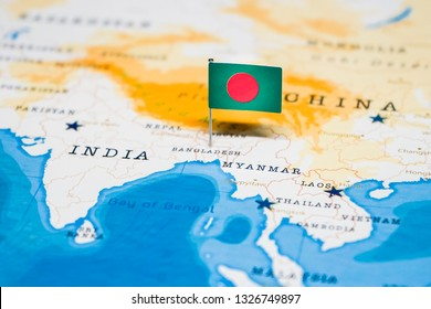the Flag of bangladesh in the world map