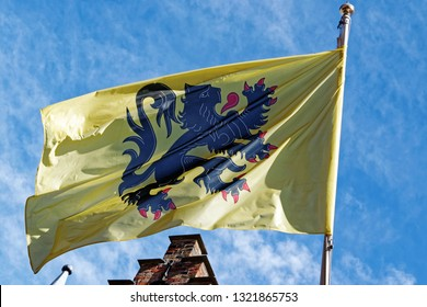 "The flag of Flanders, called the Vlaamse Leeuw (""Flemish Lion"") or leeuwenvlag (""Lion flag""), is the flag of the Flemish Community and Flemish Region."